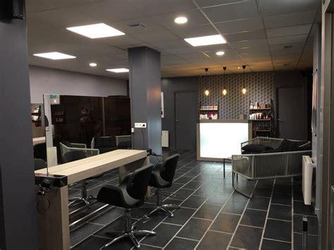 mobilier salon de coiffure agencement salon de coiffure mobilier coiffure relooking
