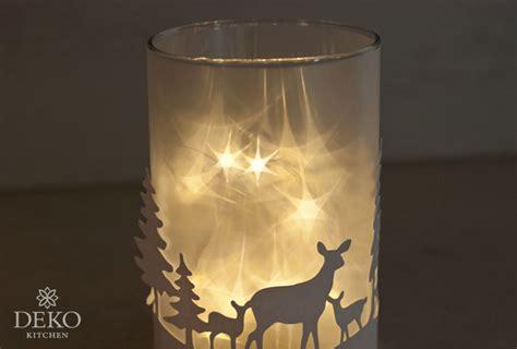 Diy Anleitung Windlichter Mit Sternen by Diy Weihnachtliches Windlicht Mit Funkelnden Sternen