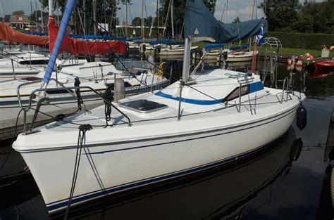 Ligplaats Zeilboot Friesland by Drijfveer New Classic Huren Midden In Friesland