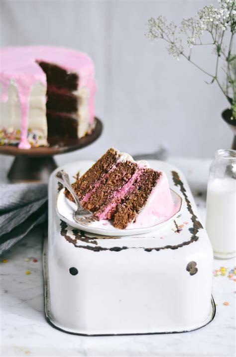 dye grain  chia funfetti cake paleo gluten  eats