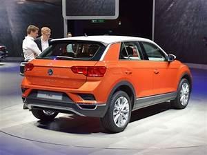 Volkswagen T Roc Carat : en images volkswagen t roc a bord du volkswagen t roc coffre ~ Medecine-chirurgie-esthetiques.com Avis de Voitures