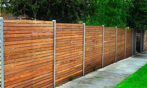 4' Horizontal Redwood Fence