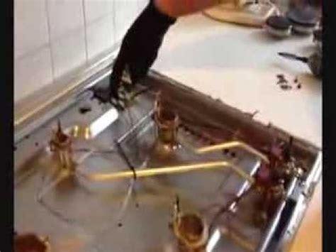 rubinetti gas cucina come smontare il piano cottura