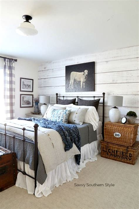 Bedroom Decor Blogs by Farmhouse Style Winter Guest Bedroom And Decorating Tips