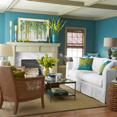 1 room 3 dramatic color palettes