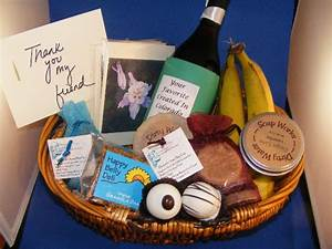 Wedding gift basket ideas for guests wwwpixsharkcom for Gift baskets for wedding guests