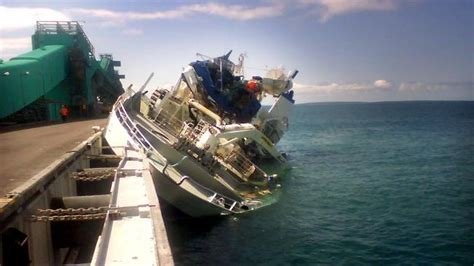 tuna boat sinks air transport safety bureau finds crew error helped to