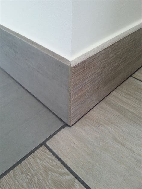 poser plinthe cuisine plinthes en carrelage réalisez les angles sortants à la perfection reussir ses travaux