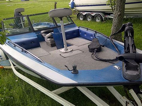 Stratos Bass Boats For Sale In Ontario by 1986 Stratos 189v Bass Boat For Sale In The Lindsay Area