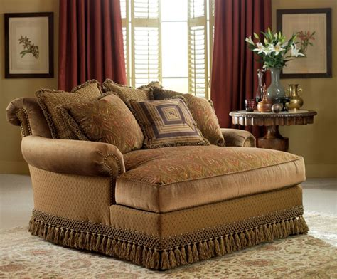 bedroom furniture design placing  chaise lounge