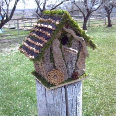 vogelfutterhaus selber machen vogelhaus selber bauen 34 prima ideen archzine net