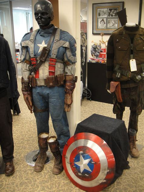 file captain america the first averger costume and shield