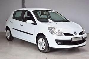 Clio 2008 : 2008 renault clio 1 6 dynamique 5 door hatchback fwd cars for sale in mpumalanga r 89 900 ~ Gottalentnigeria.com Avis de Voitures