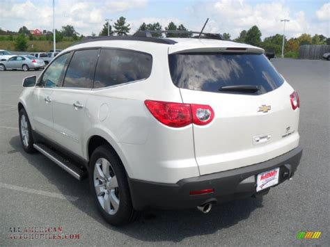 chevrolet traverse ltz  white diamond tricoat photo
