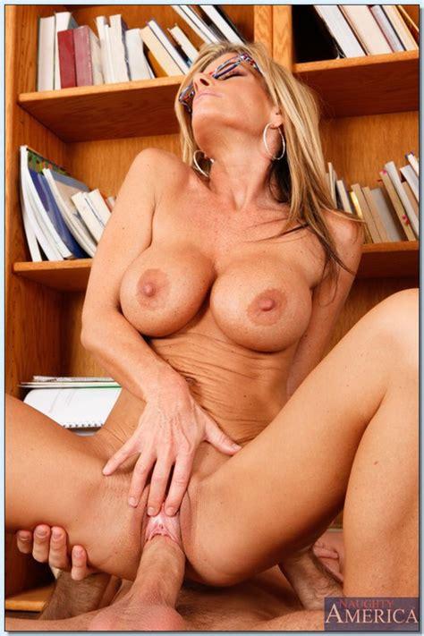 hot milf babe seducing in the library photos kristal summers milf fox