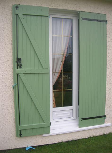 volets castorama photo 19 20 volets en bois ici peints en vert