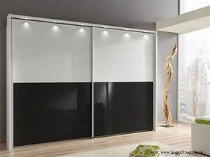 Bedroom Sliding Wardrobe [Design Ideas] Luxus India