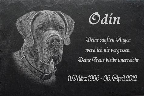 gedenkplatte stein tiergrabstein grabstein hunde hund