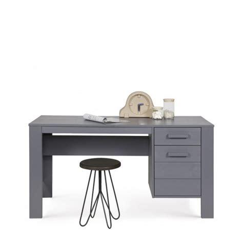 denis bureau bureau en pin brossé denis par drawer fr