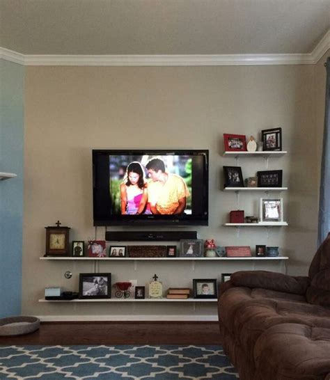 Decorating Ideas For Wall Mounted Tv by Best 25 Mounted Tv Decor Ideas On