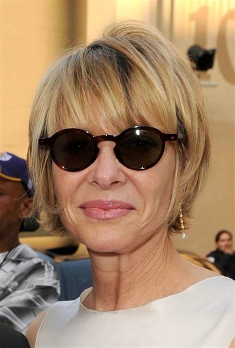 21 Trendy Hairstyles For Women Over 50 Feed Inspiration