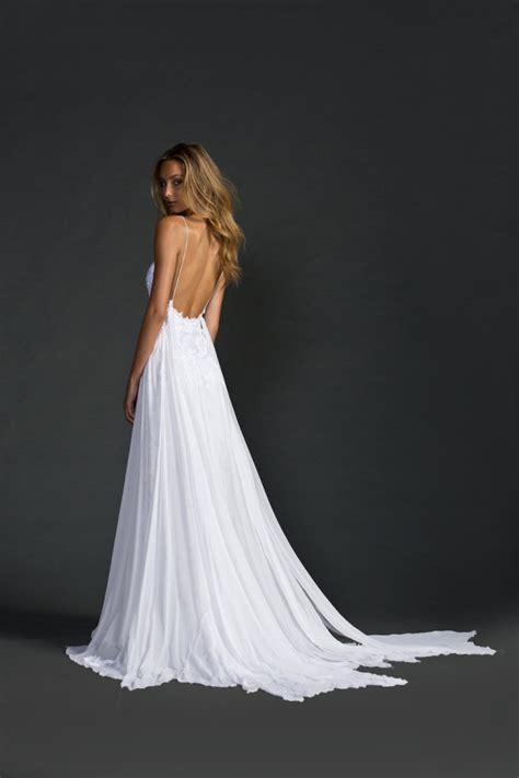 15 Beautiful Backless Wedding Dresses & Gowns You Need To See. Simple Short Wedding Dresses Uk. Wedding Dresses Retro Style. Wedding Dress 50 Yr Old Bride. Wedding Guest Dresses Abroad. Red Wedding Dresses Costume. Beach Wedding Dresses Tulle. The Wedding Dress Vintage Company. Designer Wedding Dresses Pakistani 2016