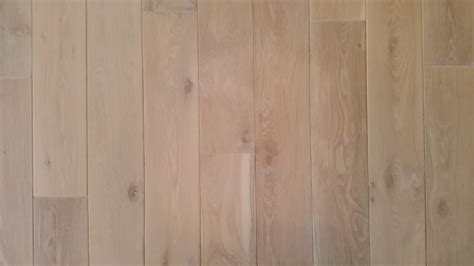Pickled Oak Floors Pictures by Limed And Pickled 8 Quot Solid White Oak Mediterranean