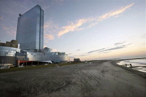 Atlantic City, Nj  Revel Casino Goes Dark After Just 2 Years