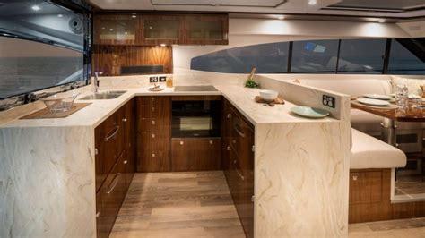 riviera  sport yacht platinum edition emerald