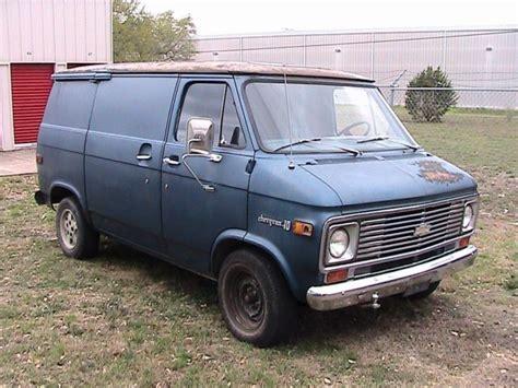 seller  classic cars  chevrolet  van blueblue
