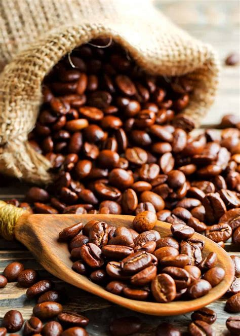 Coffee going bad just means the grinds no longer produce coffee that taste as good as when the bag was opened. How Long Does Coffee Last? Does Coffee Go Bad? Beans, Grounds, Instant... (With images)   Beans ...