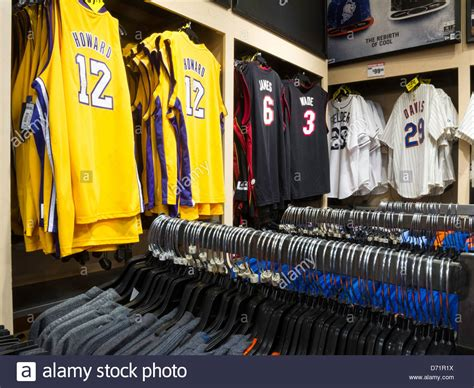 Models Sports Stores by Nba Jerseys Modell S Sporting Goods Store Interior Nyc