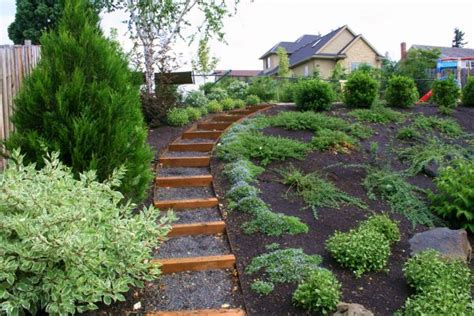 steep garden landscaping ideas side yard landscaping ideas steep hillside sloped lot house plans with walkout basements at