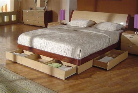 Symphony King Size Modern Platform Bed With Storage