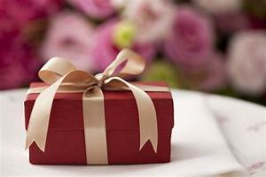 Neue Wohnung Geschenk : geschenke zum einzug eine antwort auf die frage finden was muss ich denn mitbringen ~ Markanthonyermac.com Haus und Dekorationen