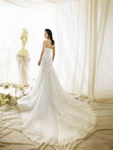 beautiful wedding dress with long train ipunya With beautiful and elegant wedding dresses