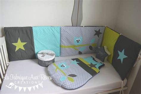 liste chambre bébé tour lit et gigoteuse hibou étoiles turquoise caraïbe
