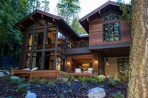 Striking, Lake, House, Blends, Modern, Elements, With