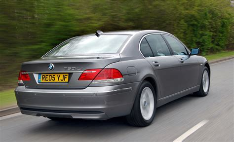 bmw  series saloon review   parkers