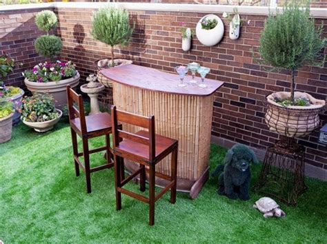 Cheap Bar Designs by Cheap Ideas For Decorating Your Garden 18 Outdoor Garden