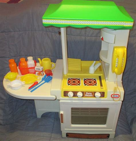 fisher price country kitchen cook and learn smart kitchen tikes inside 7210