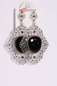 Grosse Boucle D Oreille : grosse boucles d 39 oreilles tombante en noir avec joli motif ~ Melissatoandfro.com Idées de Décoration