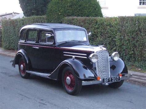 1935 Vauxhall Light Six Saloon De-luxe