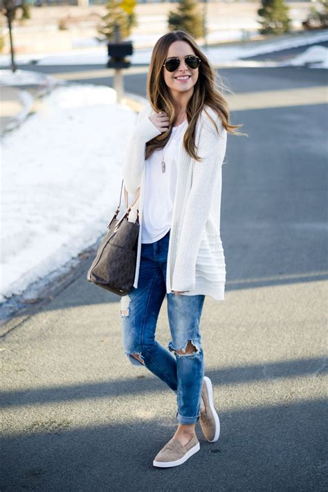 Blanknyc good vibes jeans target taupe slip on sneakers spring fashion 2017 fashion blogger ...