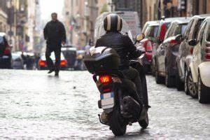 Carte Grise Scooter En Ligne : demande d une carte grise pour un scooter ou autres v hicules 50 cc carte grise public ~ Medecine-chirurgie-esthetiques.com Avis de Voitures