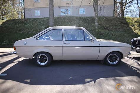 ford escort  door sedan mark ii facelift