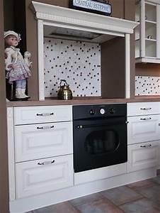 Küche Retro Stil : wie in alten zeiten wei e k che im retro stil ~ Watch28wear.com Haus und Dekorationen