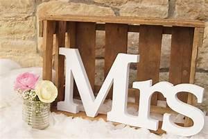 Mr Mrs Deko Buchstaben : mr mrs buchstaben simply pretty detailverliebter dekoverleih in mainz umgebung ~ Markanthonyermac.com Haus und Dekorationen