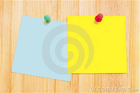 note sur le bureau pin post it sur bureau on