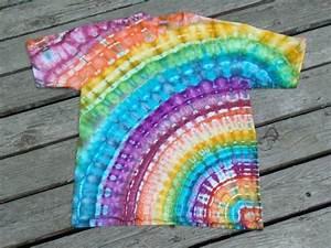 Batik Shirt Diy : remera rainbow batik shibori batik kreativ sommer diy y kleidung ~ Eleganceandgraceweddings.com Haus und Dekorationen